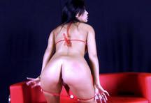 fotos da cena Que morena maravilhosa essa portuguesinha! Confira a gostosa se masturbando e gemendo muito enquanto mete o consolo na buceta. 3